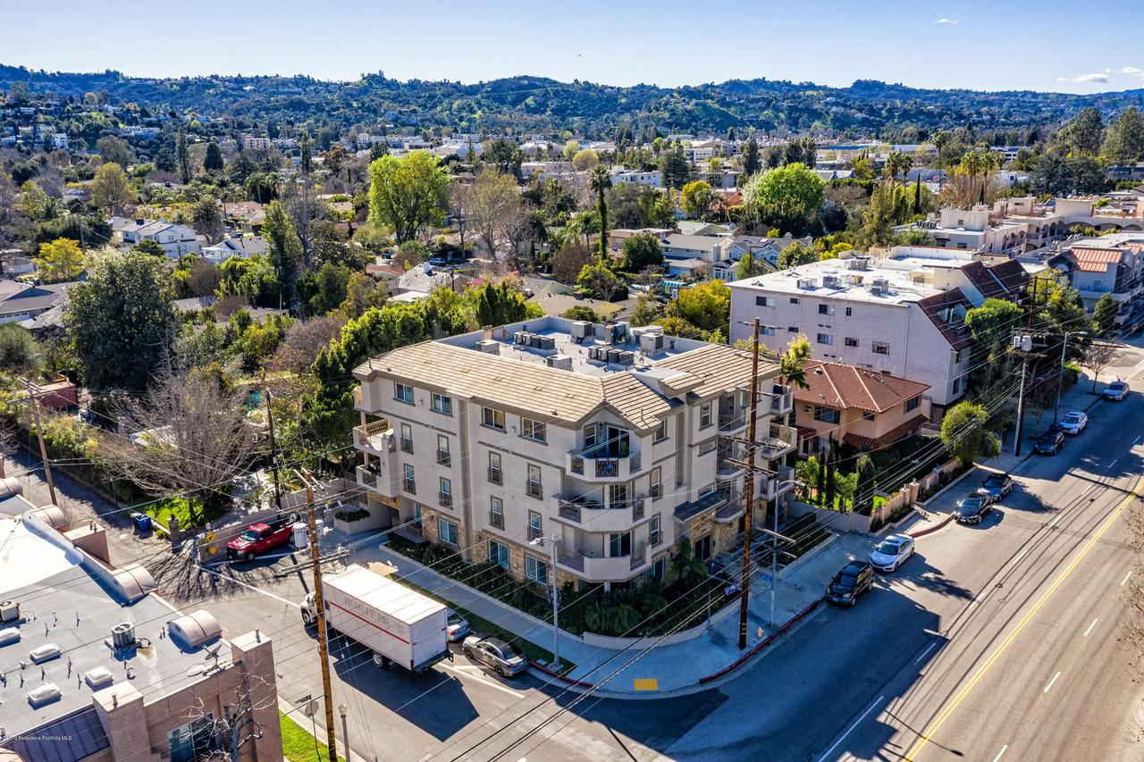 11540 MOORPARK, Studio City, CA 91602 - MLS-11540 Moorpark St #101 Studio City-1