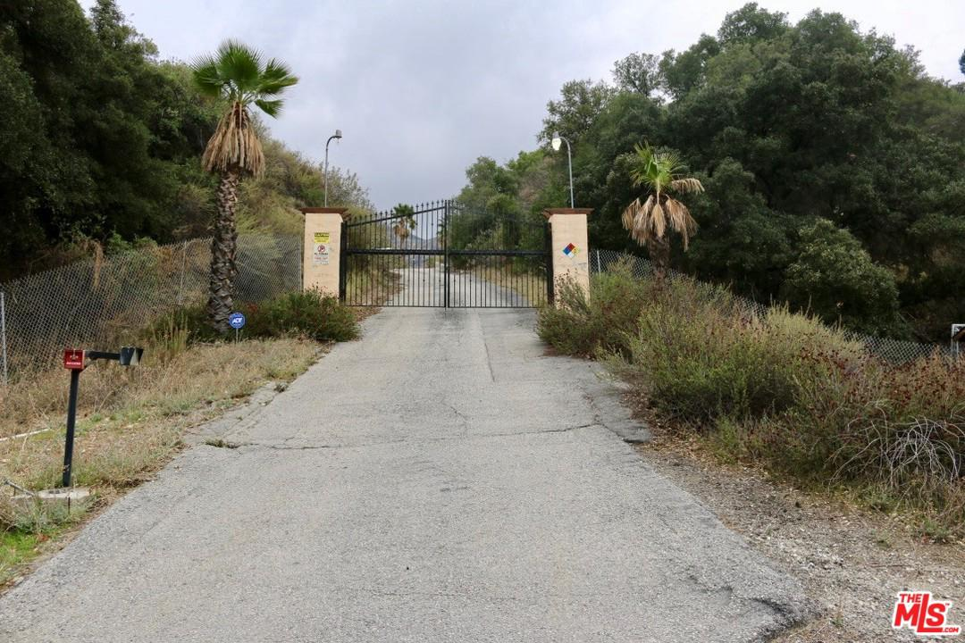 Photo of 16742 PLACERITA CANYON RD, Newhall, CA 91321