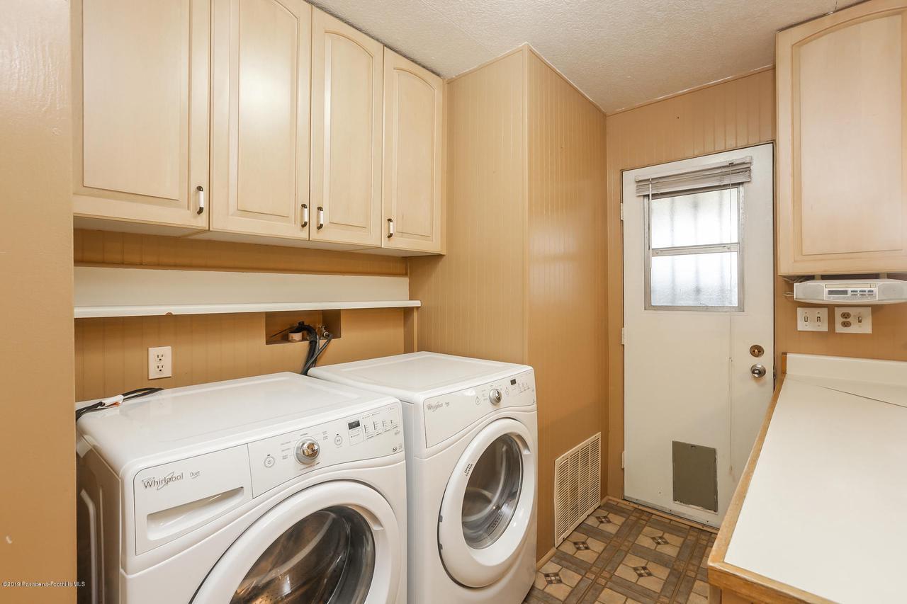 701 ORANGE GROVE, Pasadena, CA 91104 - 013-photo-laundry-room-6820524