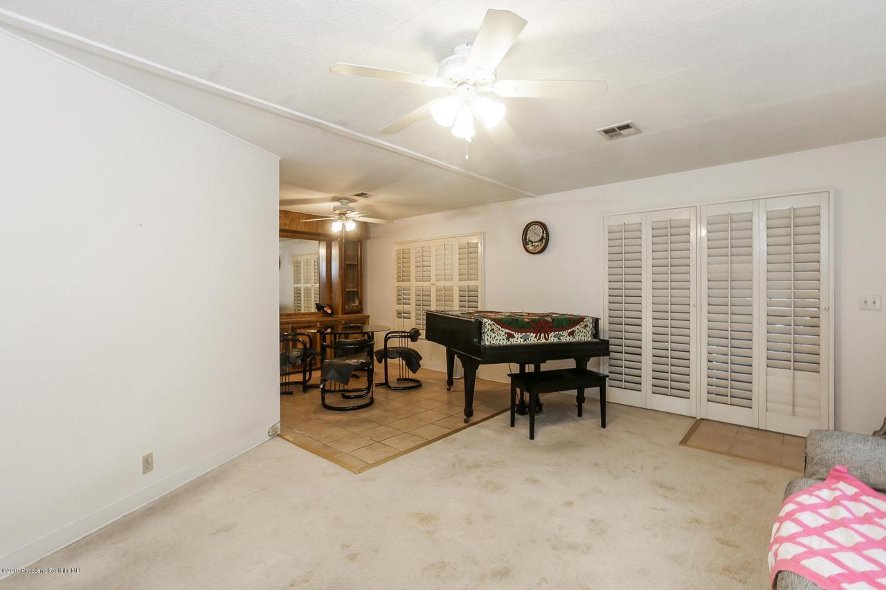 701 ORANGE GROVE, Pasadena, CA 91104 - 003-photo-living-room-6820516