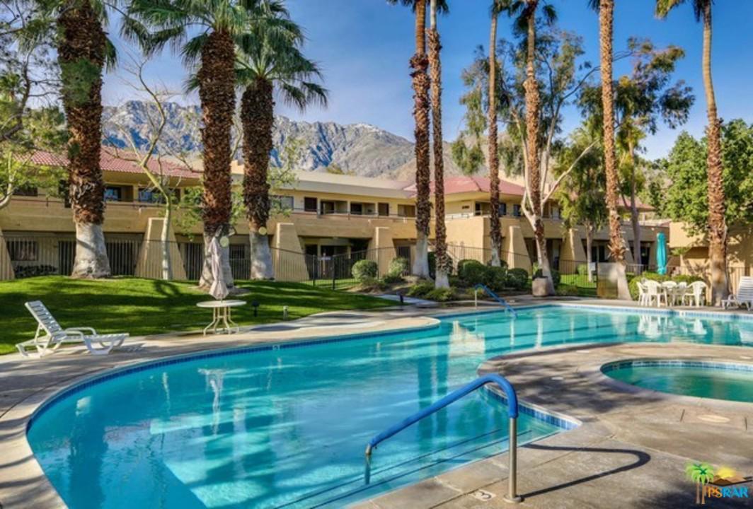 2822 AUBURN, Palm Springs, CA 92262