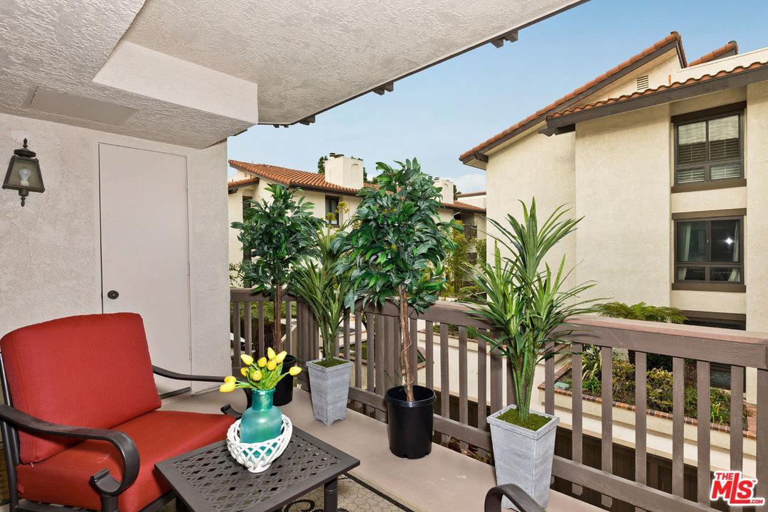 8600 TUSCANY, Playa Del Rey, CA 90293