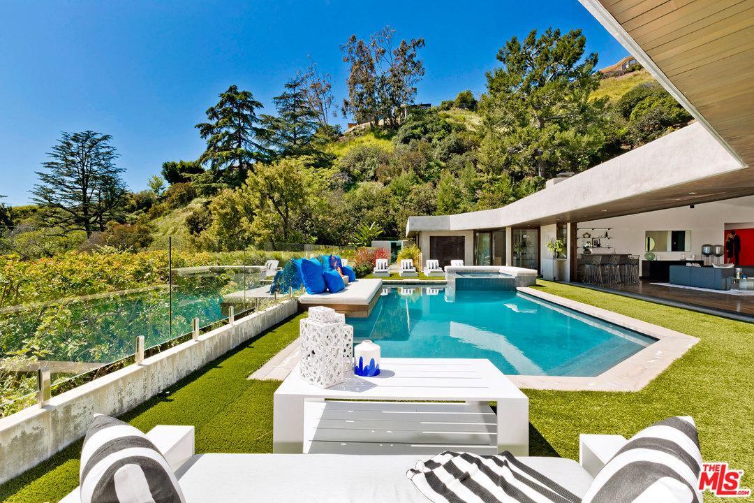1281 LOMA VISTA, Beverly Hills, CA 90210