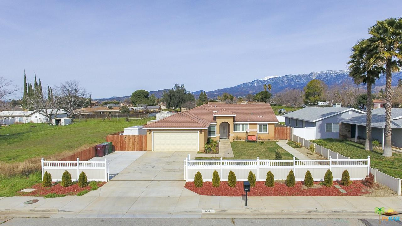 654 12TH, Beaumont, CA 92223