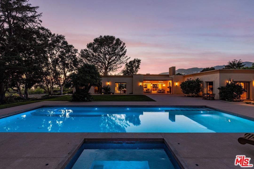6116 MERRITT, Malibu, CA 90265