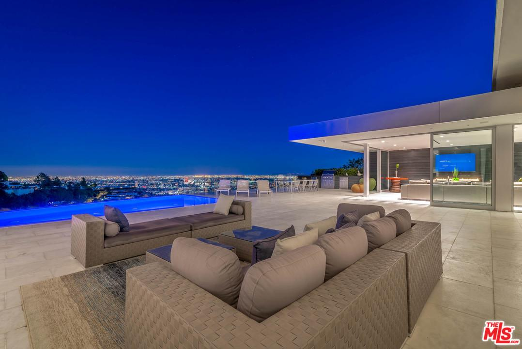 1620 CARLA RIDGE, Beverly Hills, CA 90210