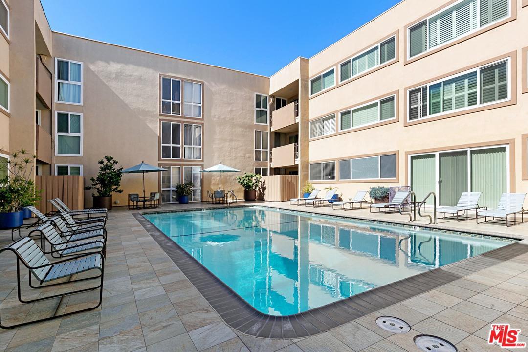 1025 KINGS, West Hollywood, CA 90069