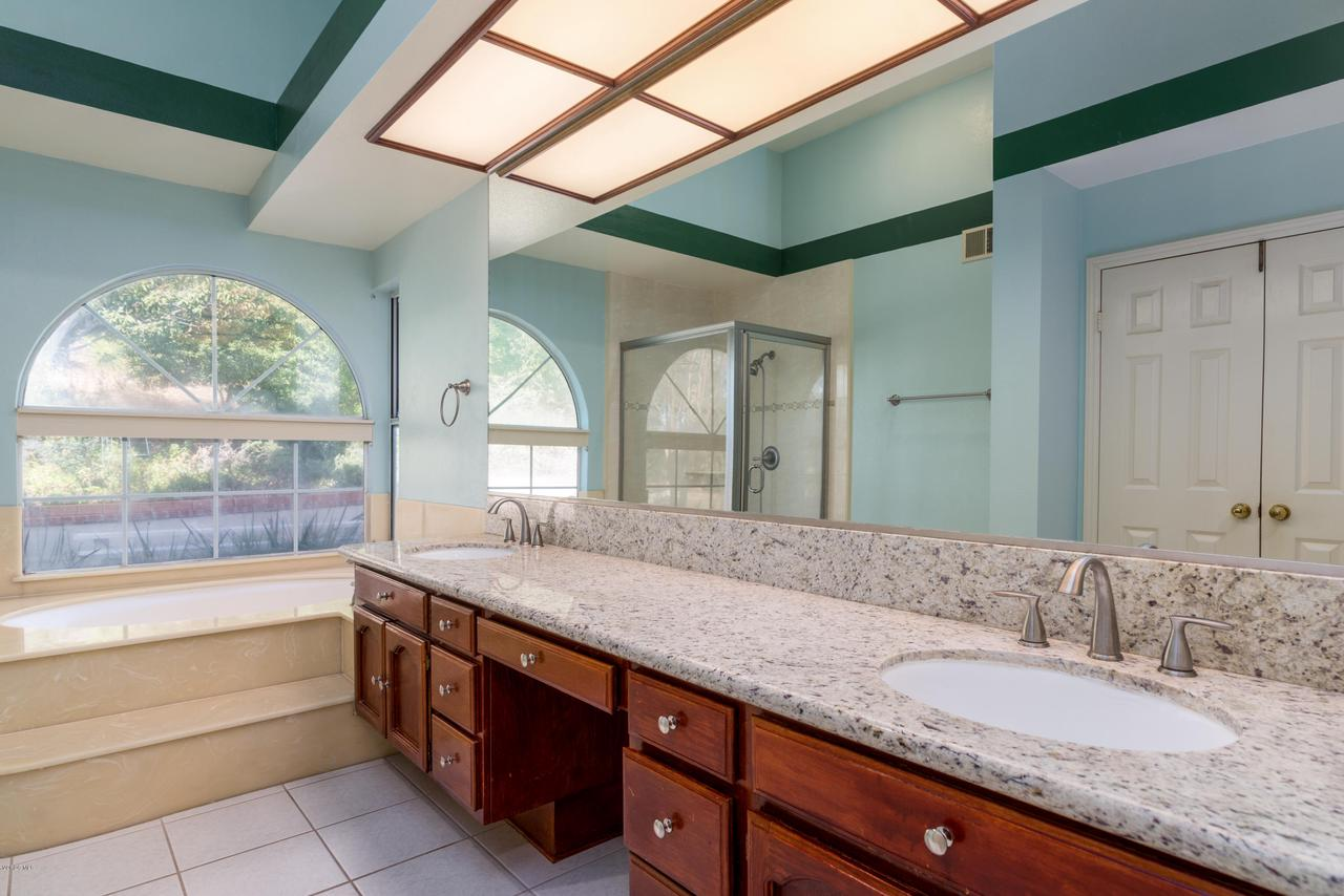 23825 STRATHERN, West Hills, CA 91304 - Master Bath with Granite Counters