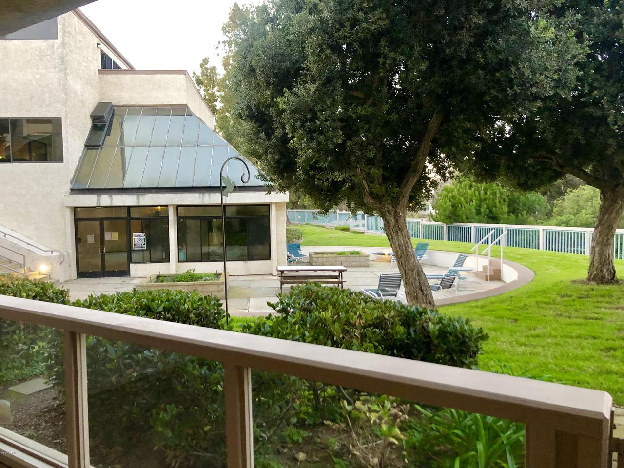 707 ISLAND VIEW, Port Hueneme, CA 93041 - CLUBHOUSE WITH POOL VIEW