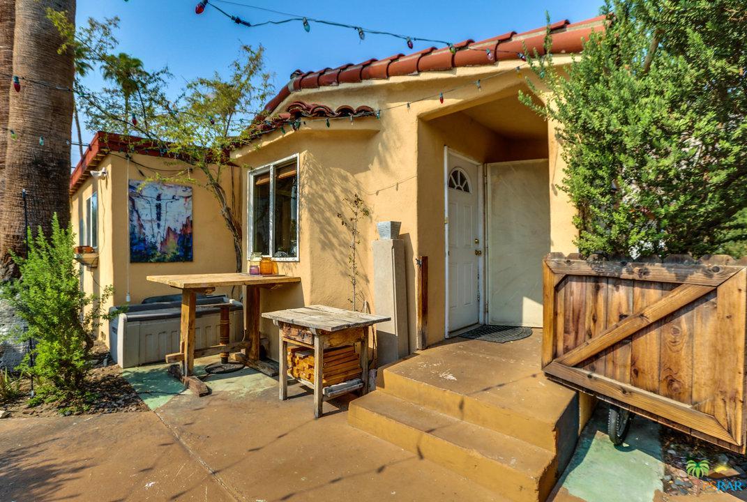583 CALLE ABRONIA, Palm Springs, CA 92264