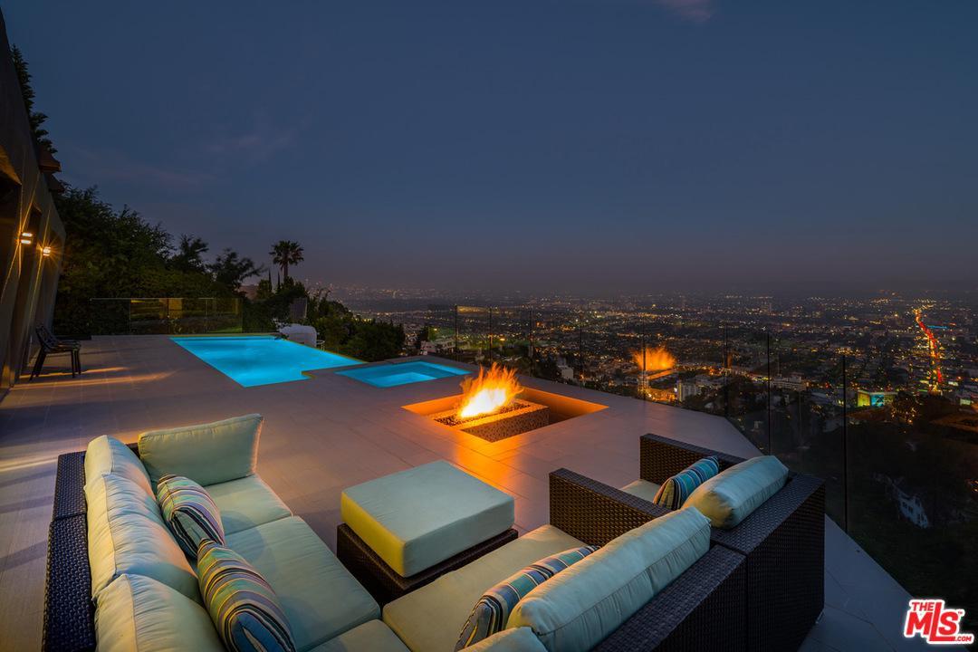 8476 COLE CREST, Los Angeles (City), CA 90046