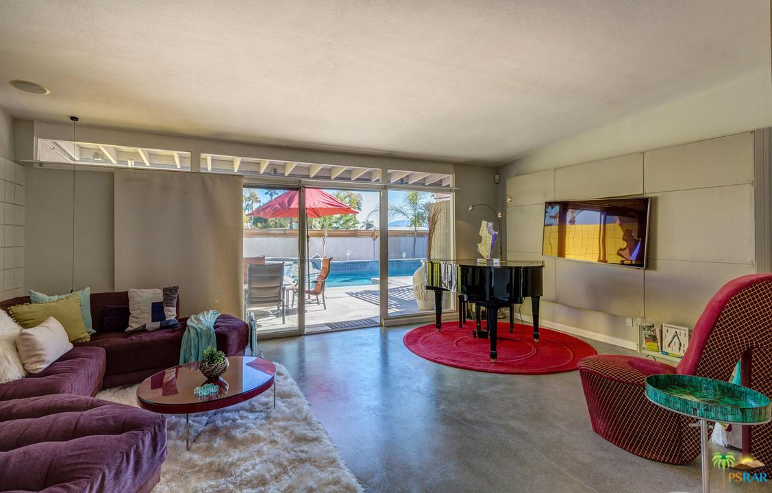 1521 VIA ROBERTO MIGUEL, Palm Springs, CA 92262