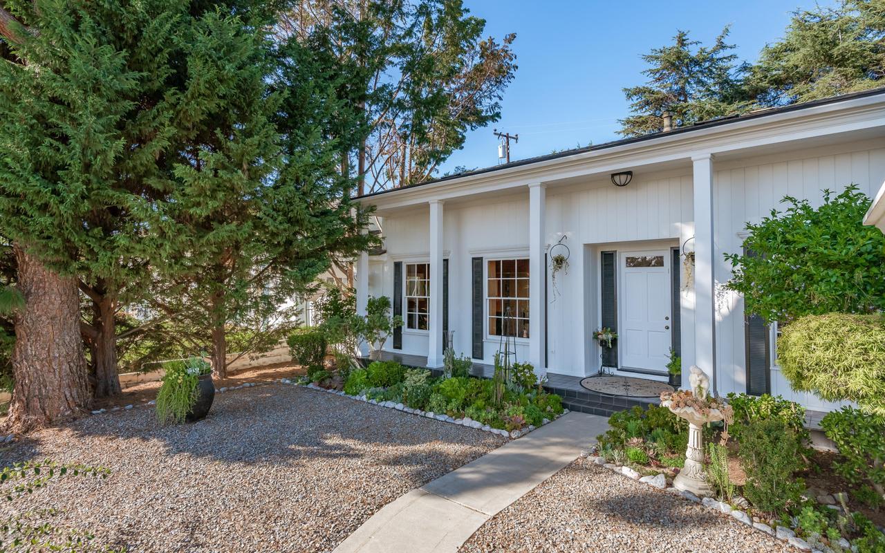 392 SAUL, Ventura, CA 93004 - 007_03-Front Yard View