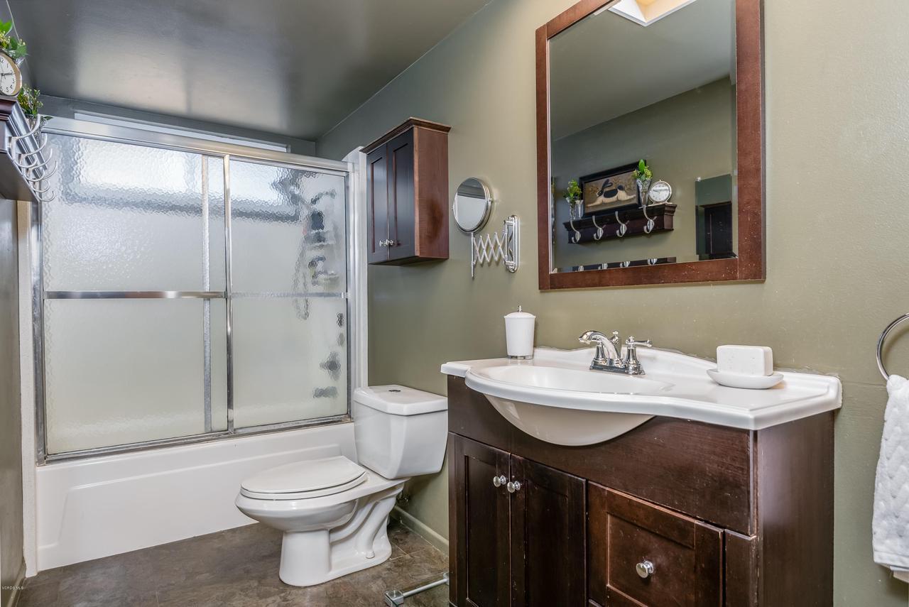 392 SAUL, Ventura, CA 93004 - 020_16-Master Bathroom