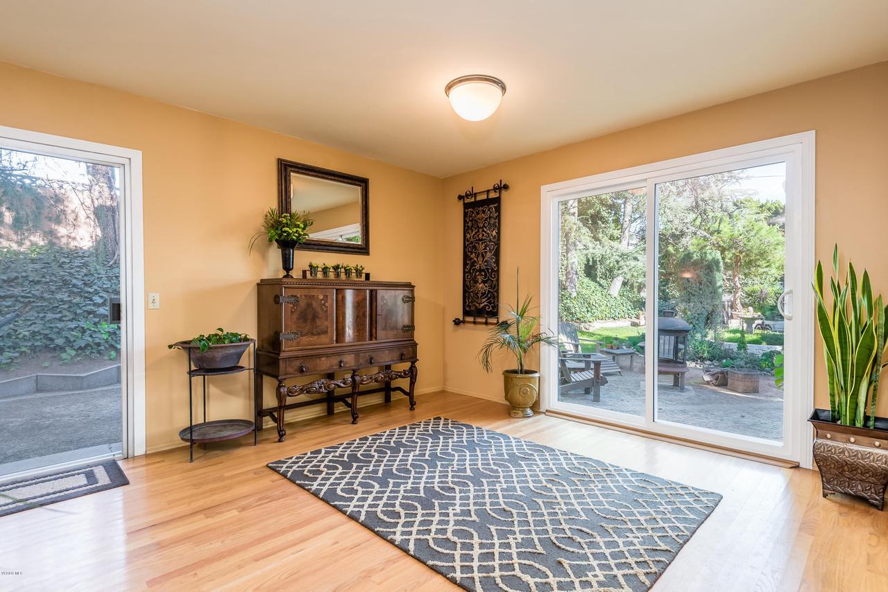 392 SAUL, Ventura, CA 93004 - 011_07-Living Dining Room