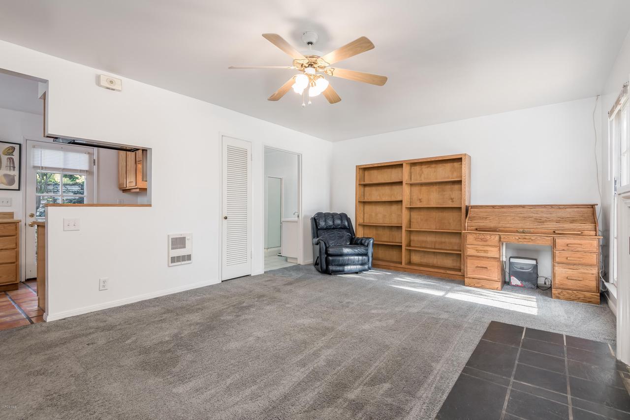 392 SAUL, Ventura, CA 93004 - 034_30-Living Room-Guest Home