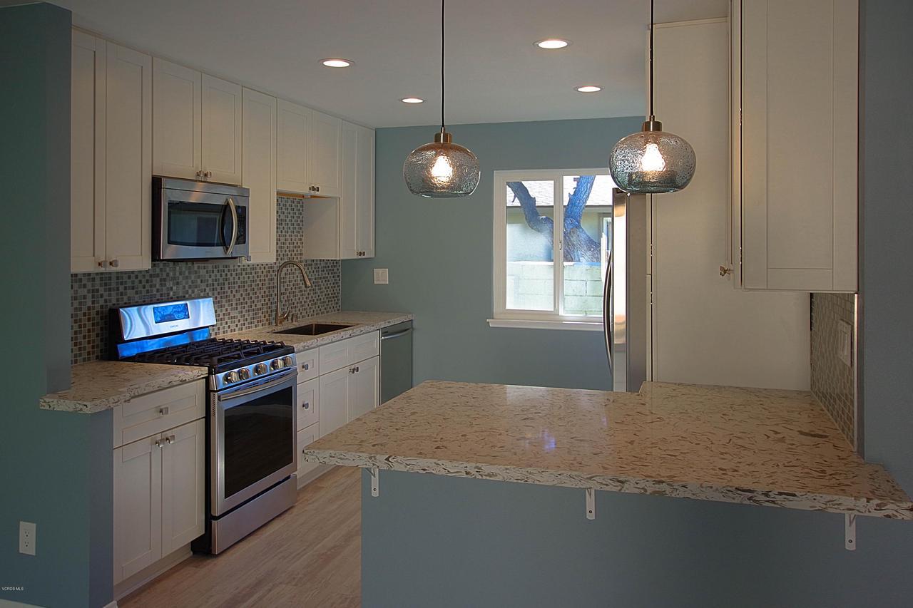 109 ALTA, Port Hueneme, CA 93041 - Newly remodeled Kitchen