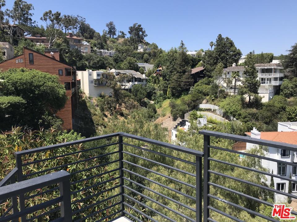 1432 HARRIDGE, Beverly Hills, CA 90210