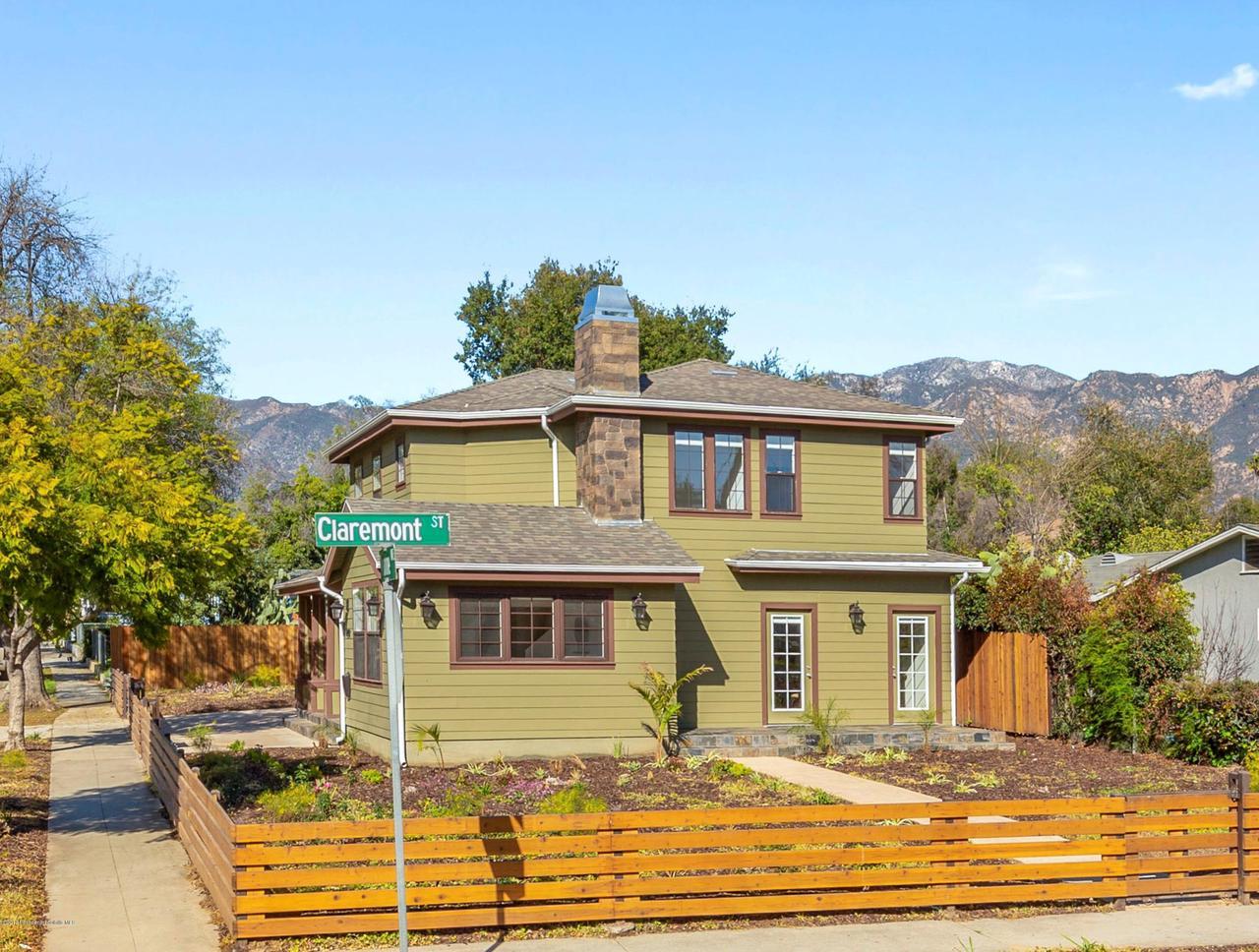 1240 MENTONE, Pasadena, CA 91103 - 1240 Mentone Front