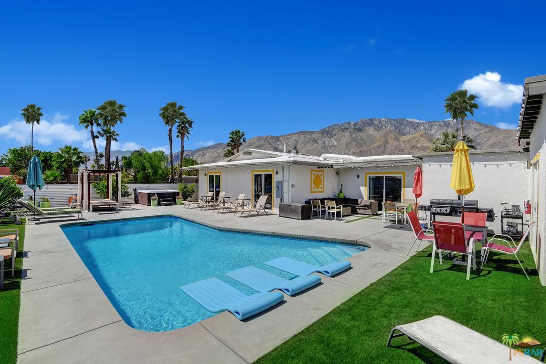 2110 AVENIDA CABALLEROS, Palm Springs, CA 92262