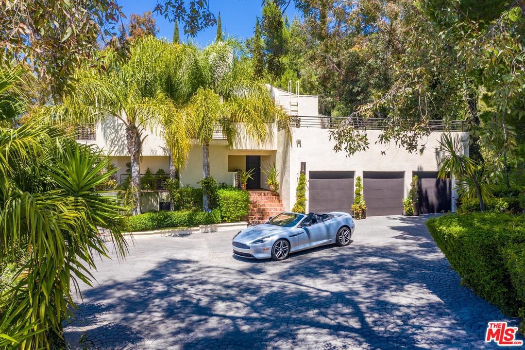 214 LOMA METISSE, Malibu, CA 90265