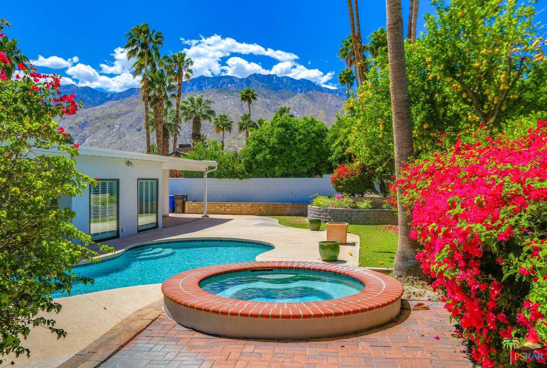 2220 CALLE CONEJARA, Palm Springs, CA 92262