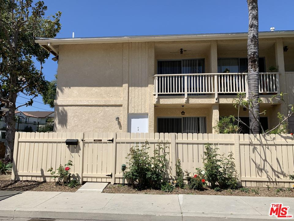 8001 CANBY, Reseda, CA 91335