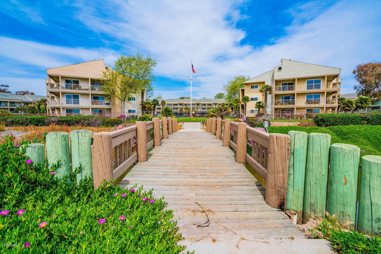 681 REEF, Port Hueneme, CA 93041 - Direct beach access