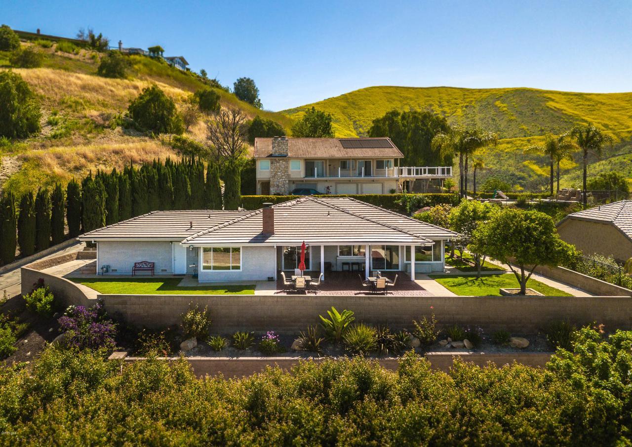 2380 NOLAN, Thousand Oaks, CA 91362 - main straight view