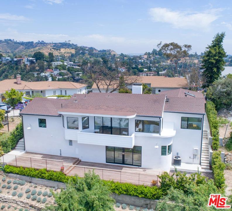 2461 CRESTON, Los Angeles (City), CA 90068