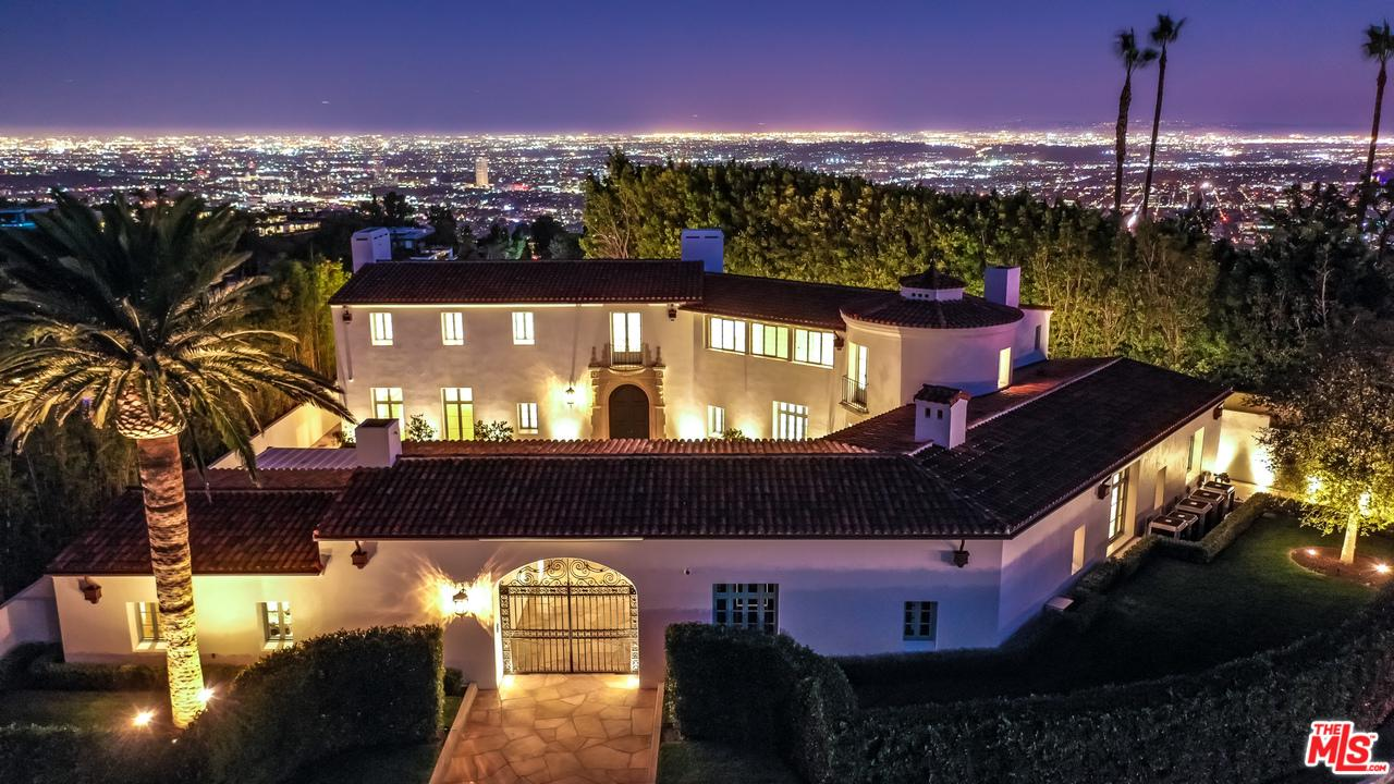 Photo of 9240 ROBIN DR, Los Angeles, CA 90069