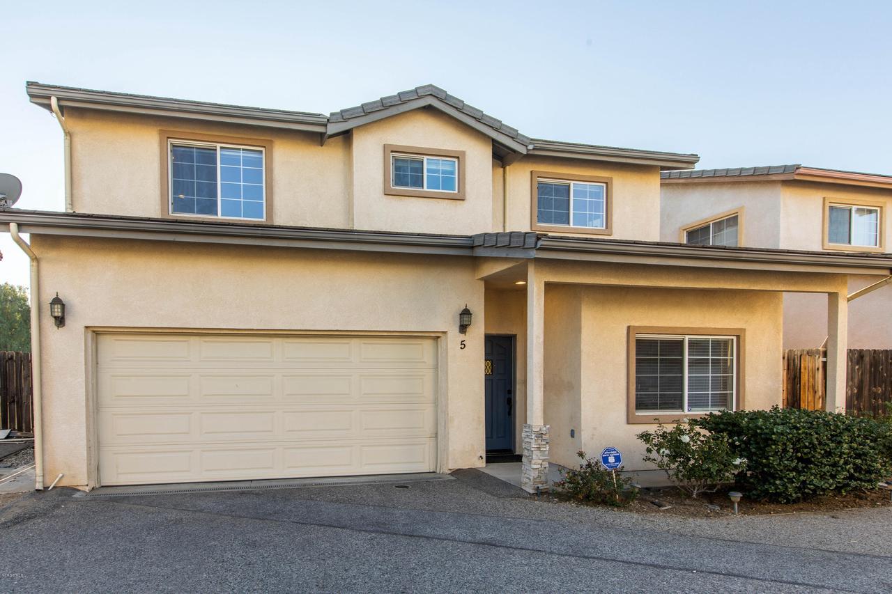 14570 FOX, Mission Hills San Fernando, CA 91345 - 14570 Fox Street #5  HsHProd-32