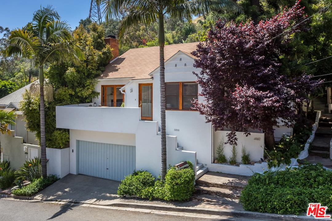 6862 SUNNY, Hollywood, CA 90068
