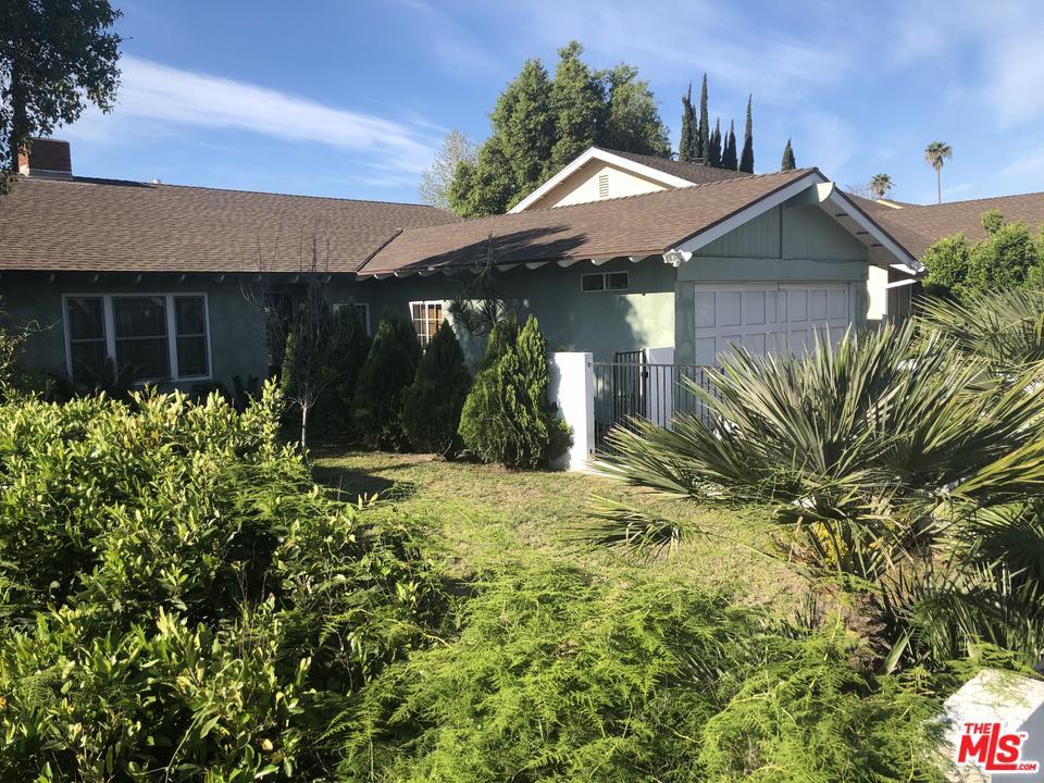 11552 CANTLAY, North Hollywood, CA 91605