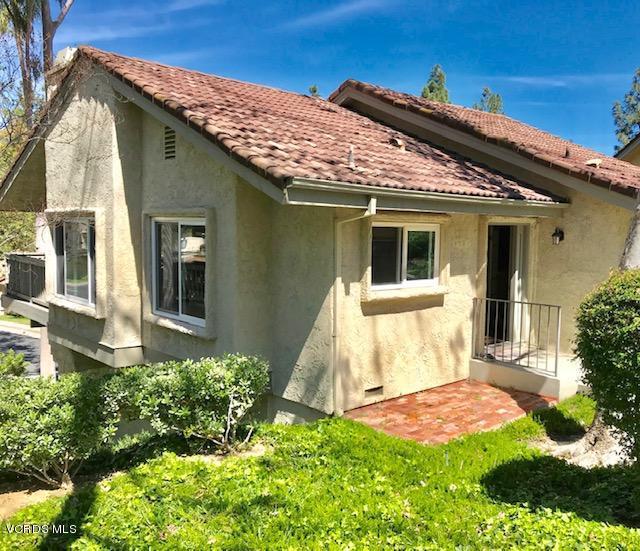 5701 CAMELIA, Oak Park, CA 91377 - Freestanding townhouse