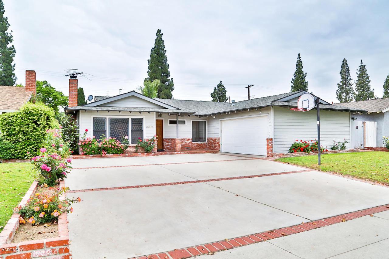 22504 LULL, West Hills, CA 91304 - BW1A1181