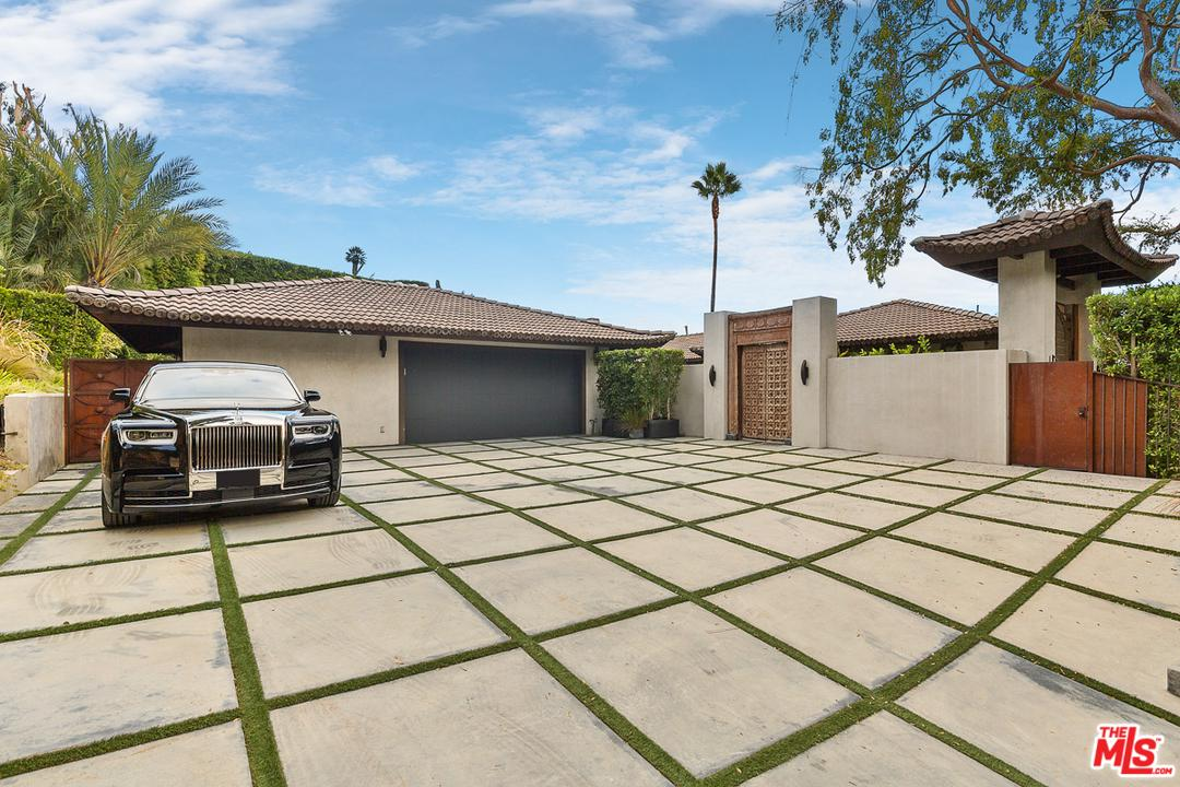 1240 LOMA VISTA, Beverly Hills, CA 90210