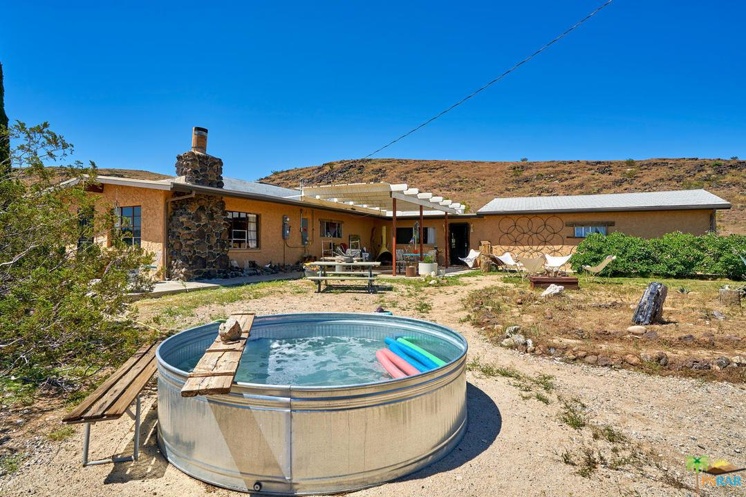 4124 PALM, Yucca Valley, CA 92284