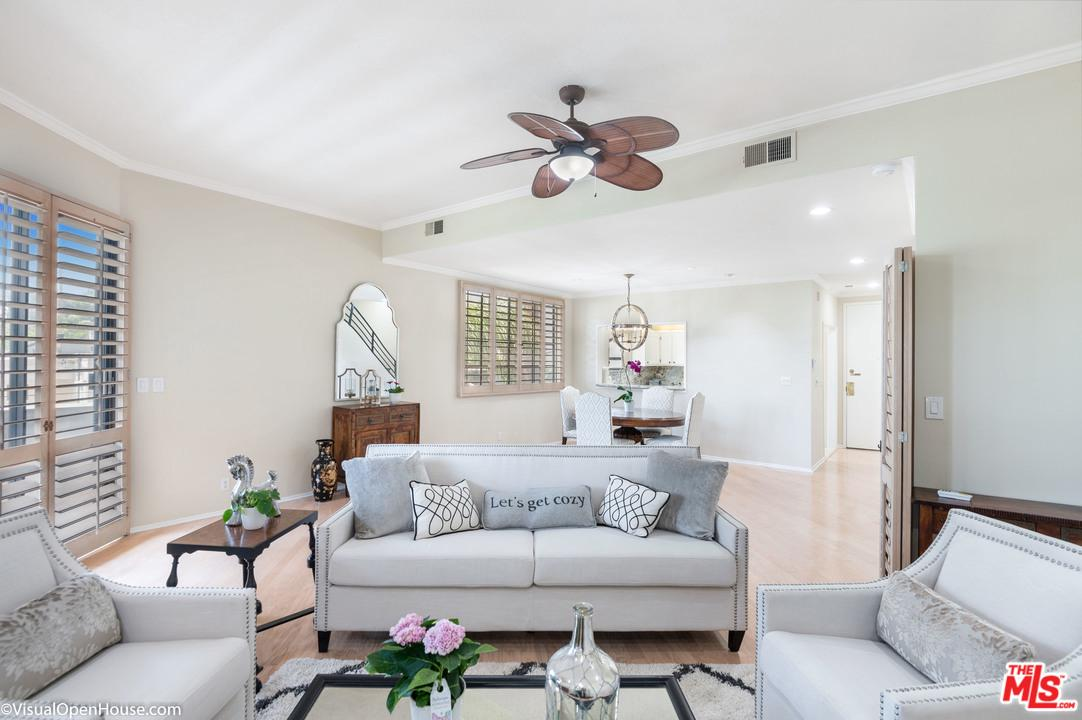 839 LARRABEE, West Hollywood, CA 90069