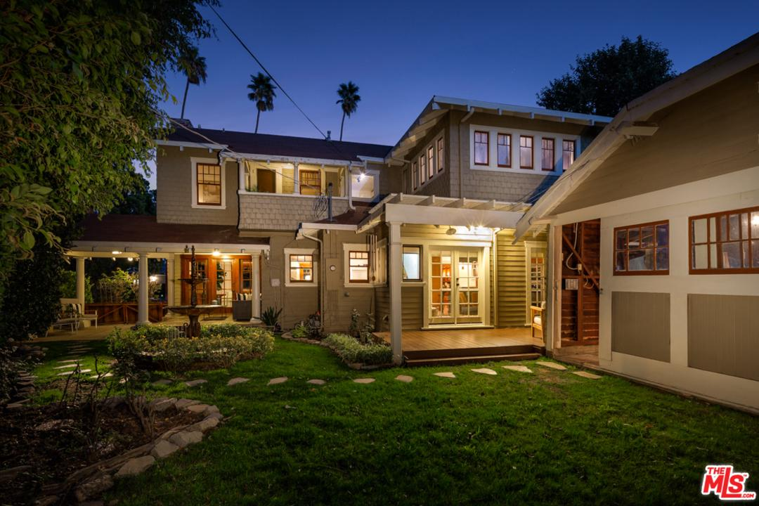 111 WILTON, Los Angeles (City), CA 90004