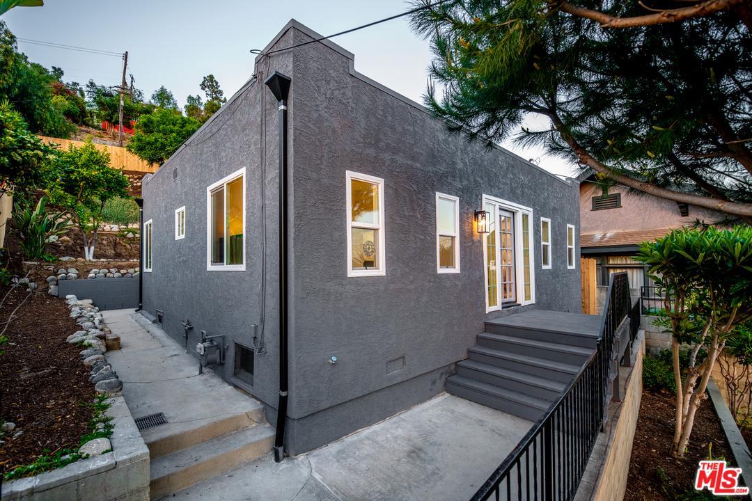 1507 ISABEL, Los Angeles (City), CA 90065