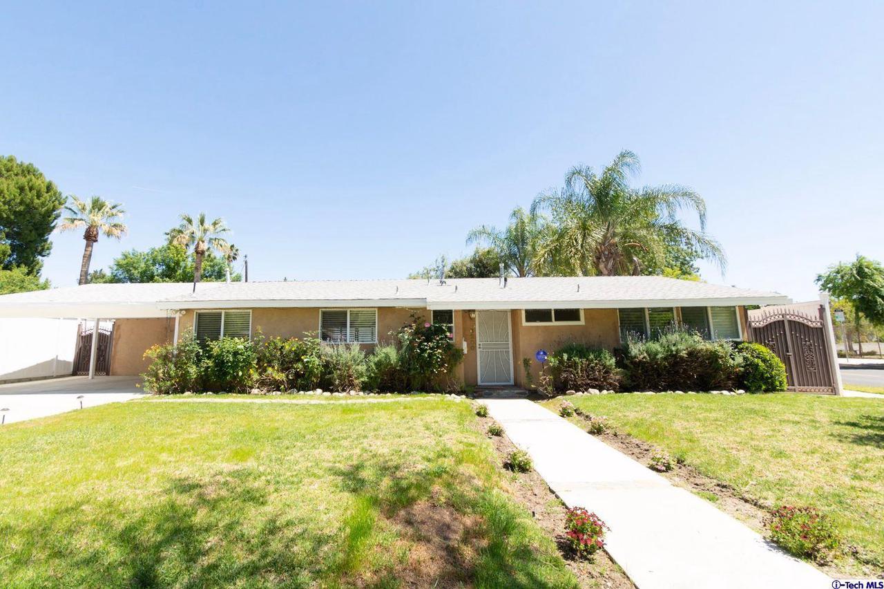 6200 OAKDALE, Woodland Hills, CA 91367