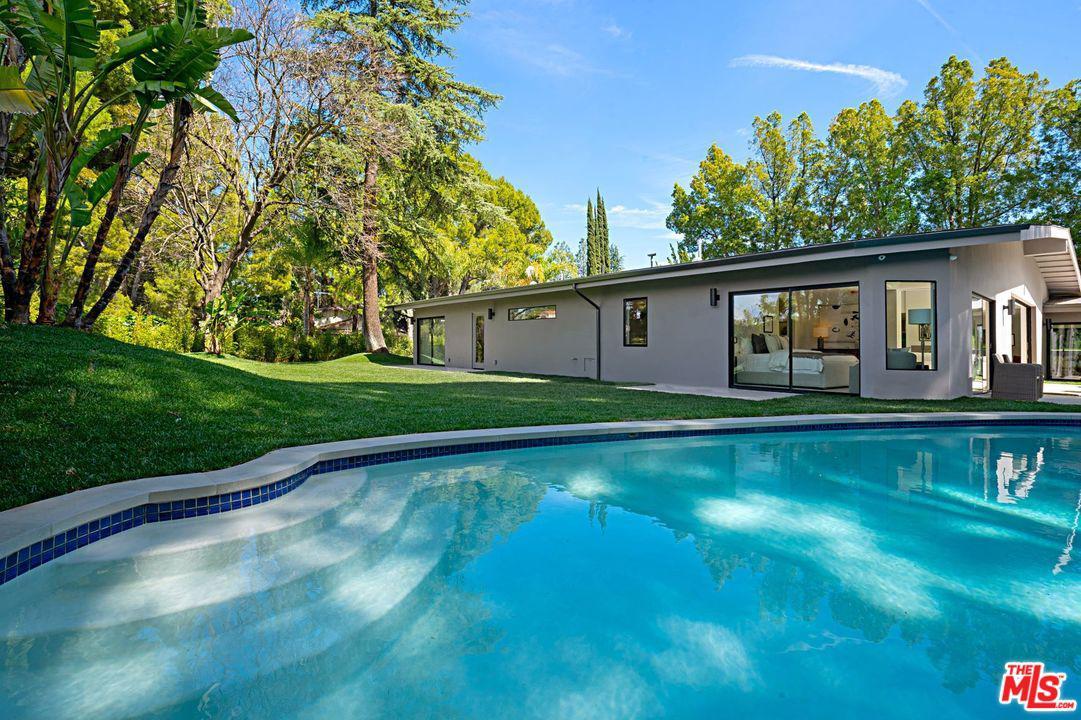 16521 PARK LANE, Los Angeles (City), CA 90049