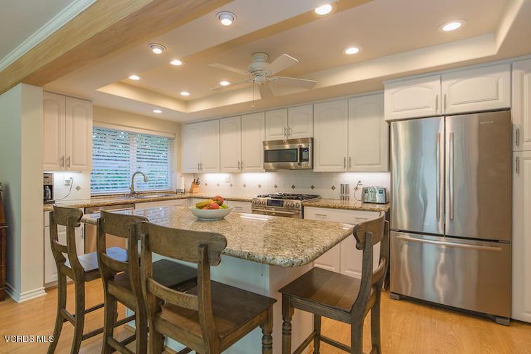 3971 CALLE DEL SOL, Thousand Oaks, CA 91360 - Granite Island Kitchen