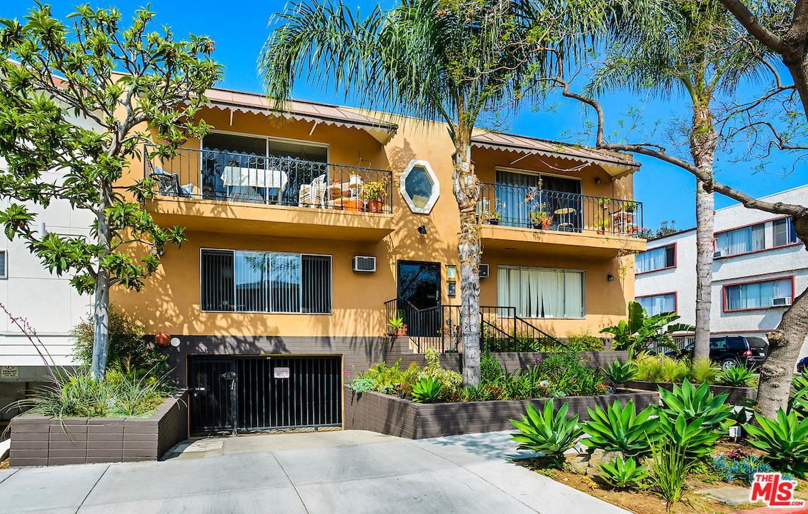 951 GARDNER, West Hollywood, CA 90046