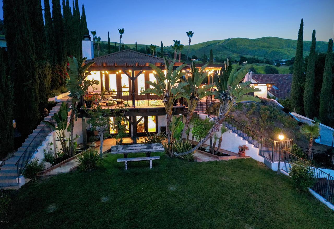567 LONE OAK, Thousand Oaks, CA 91362 - Back