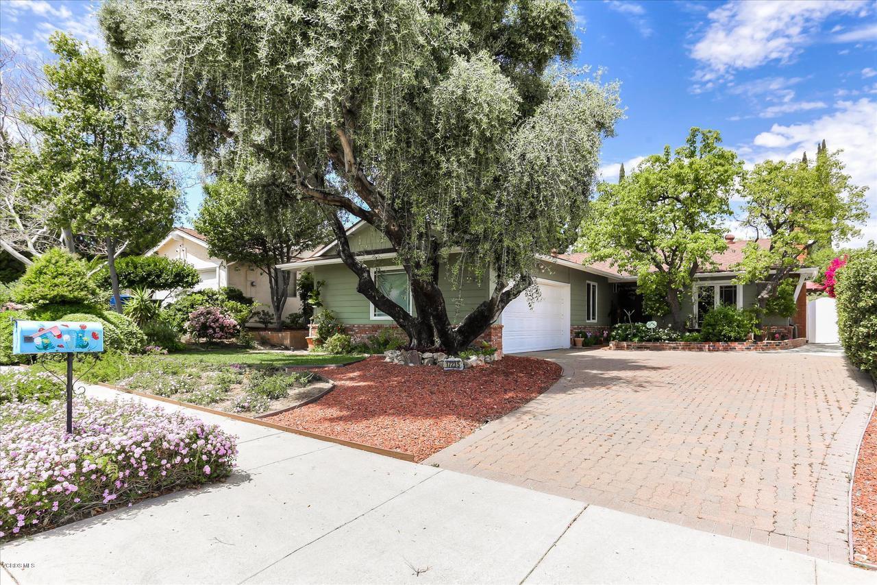 17235 TENNYSON, Granada Hills, CA 91344 - F8-17235TennysonPlace-5