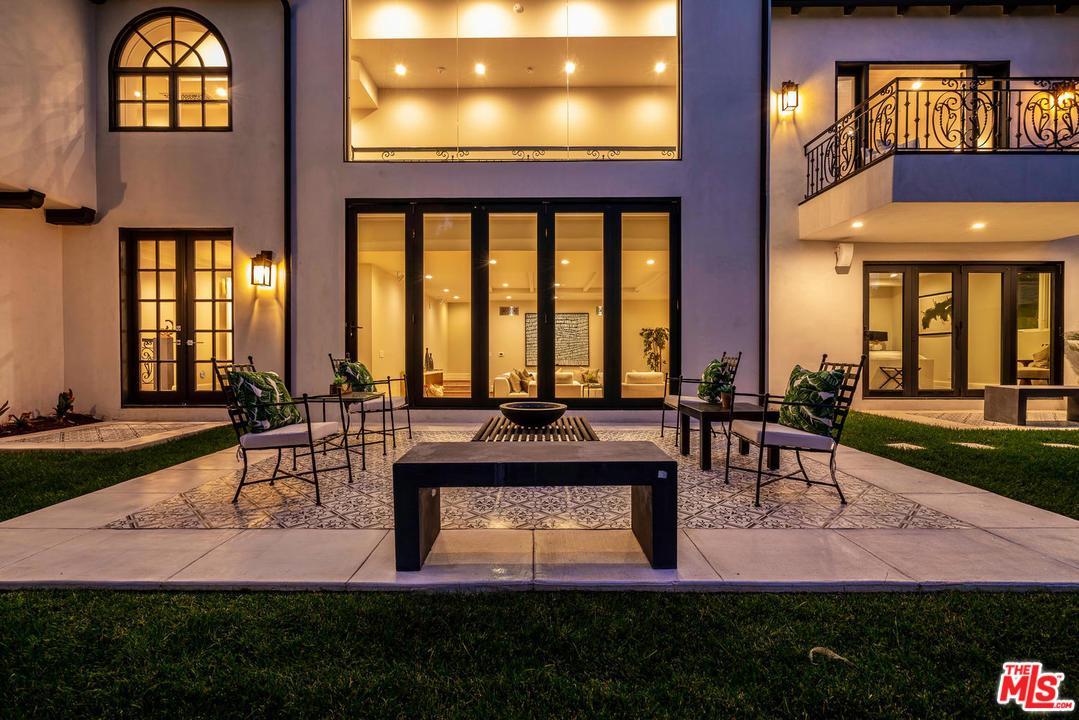 616 ARDEN, Beverly Hills, CA 90210