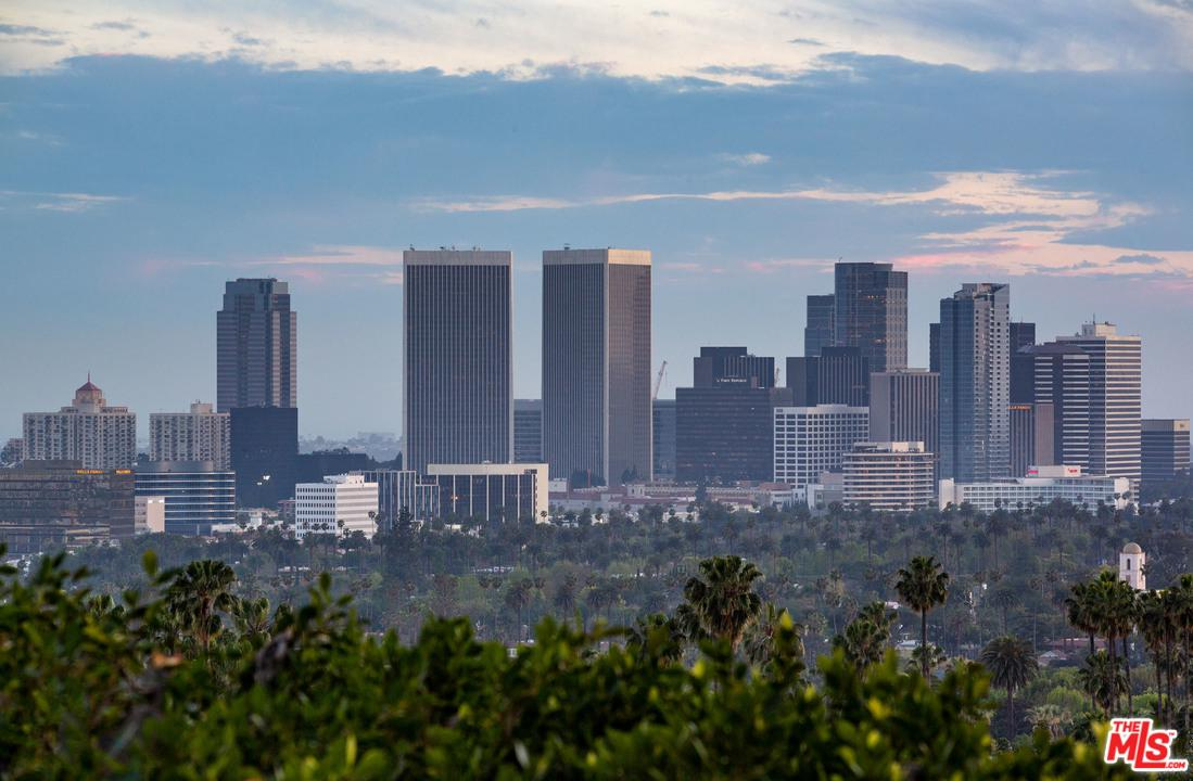 1240 SIERRA ALTA, Los Angeles (City), CA 90069