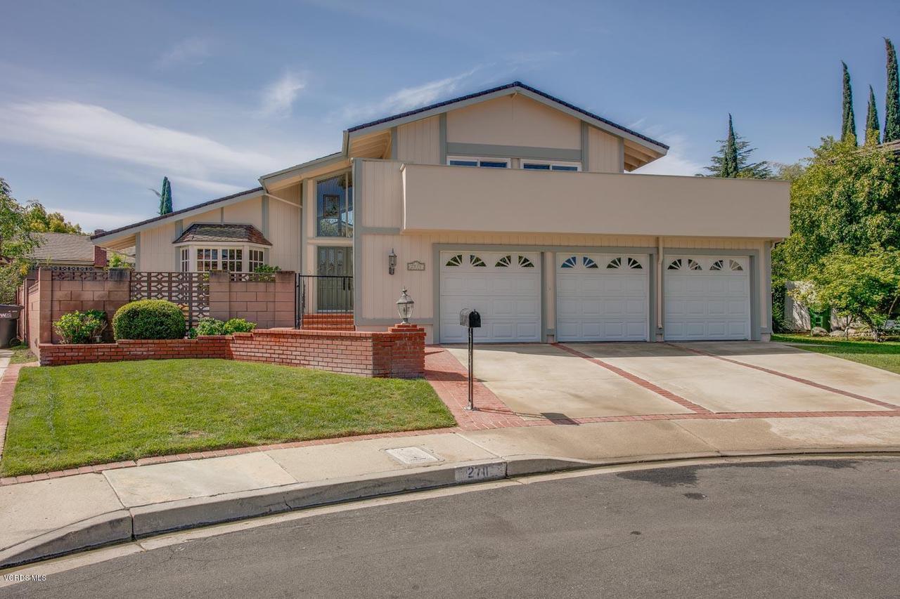 2711 GRANVIA, Thousand Oaks, CA 91360 - Front